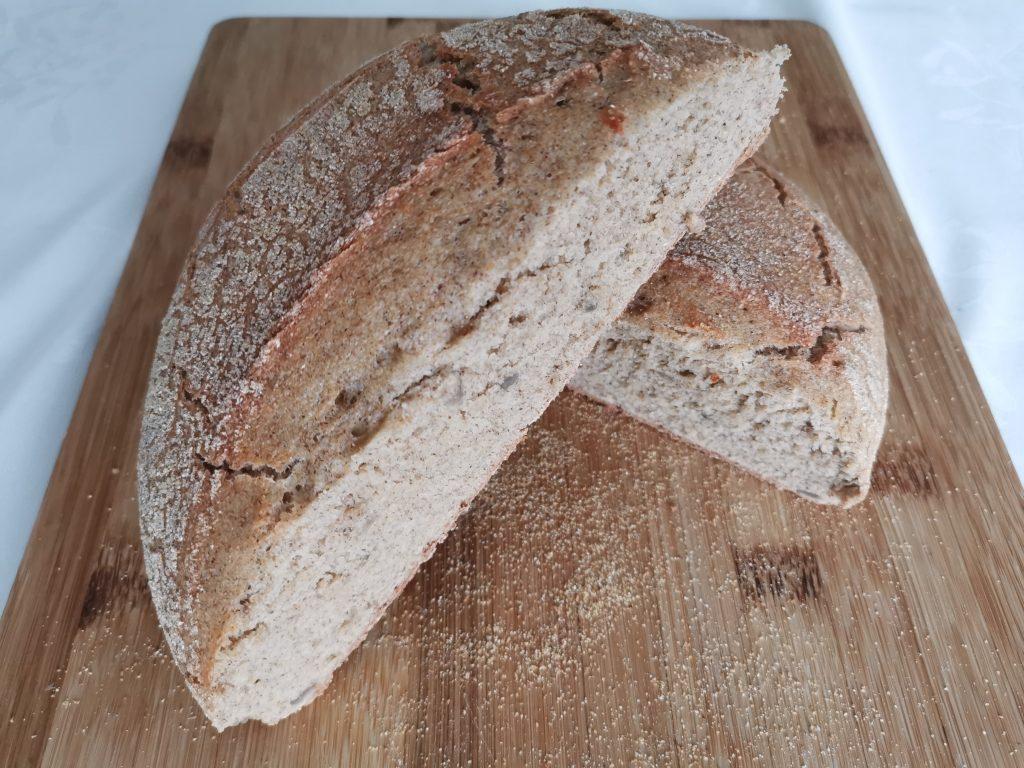 Kruh iz litoželezne posode
